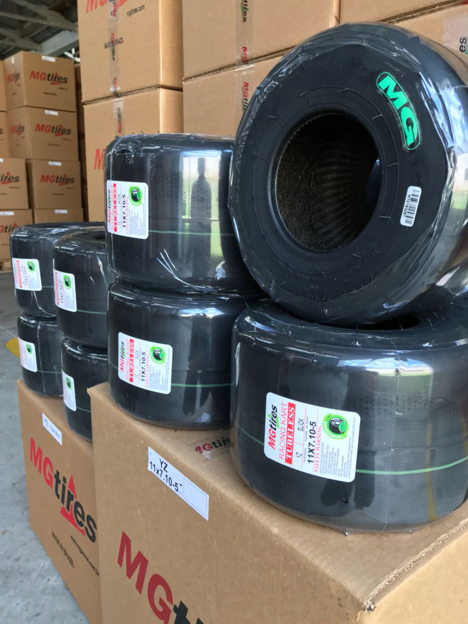 GREEN TIRE / YZ, OF HIGH ADHERENCE, IS AMONG THE PRODUCTS MANUFACTURED BY MG TIRES
