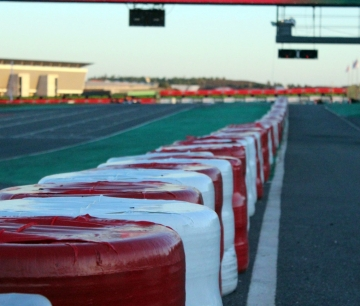MG SUPPLIES TIRES FOR THE OK JUNIOR CATEGORY IN THE KARTING WORLD CHAMPIONSHIP OPEN, IN PORTUGAL